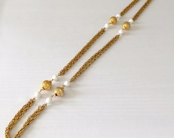 Sautoir Necklace Vintage Long with Large Fluted Gold Tone and White Beads - Flapper, Great Gatsby, Wedding, Mother of the Bride
