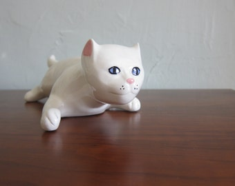 Vintage Ceramic Kitty Cat Figurine
