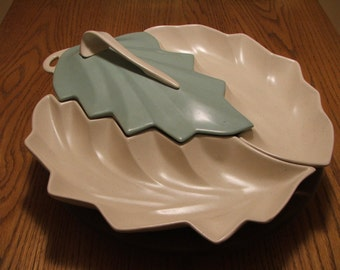 Vintage 1950s Enchanto Co. California Pottery Aqua & White Leaf-Shaped Lazy Susan Entertaining/Serving Set