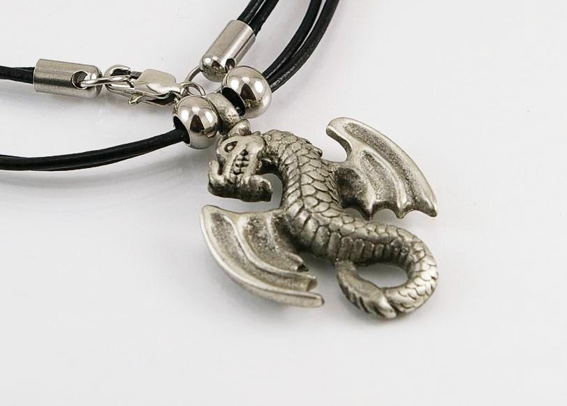 Dragon mens necklace with pendant in free lead pewter on for Dragon gifts for men