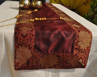 Made to order 10 Burgundy vintage wedding placemats table runner