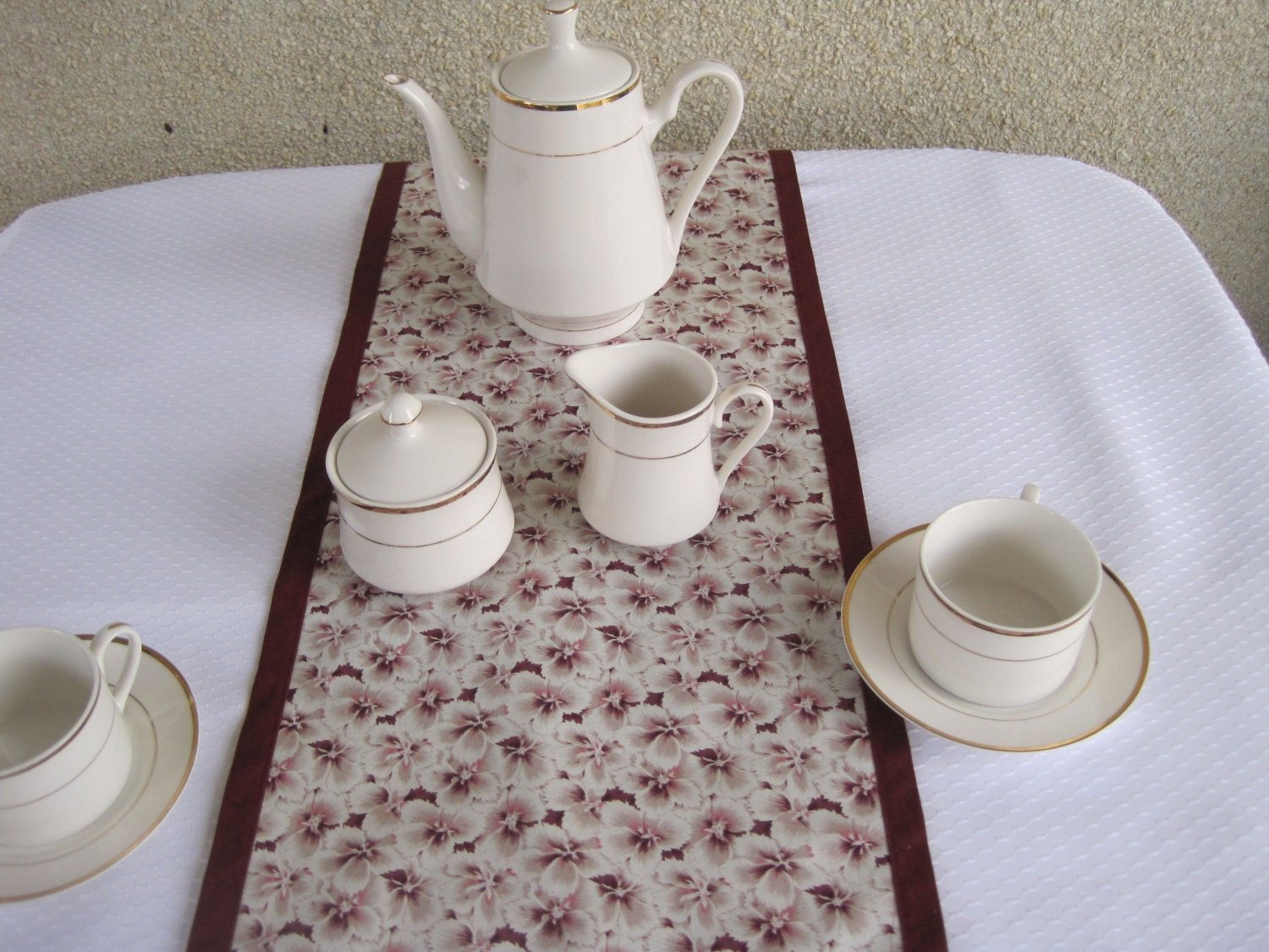 table runnertable linens dining room table accessories