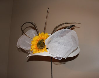 "Kentucky Derby  White Hat - ""Sassy Sunflower"""