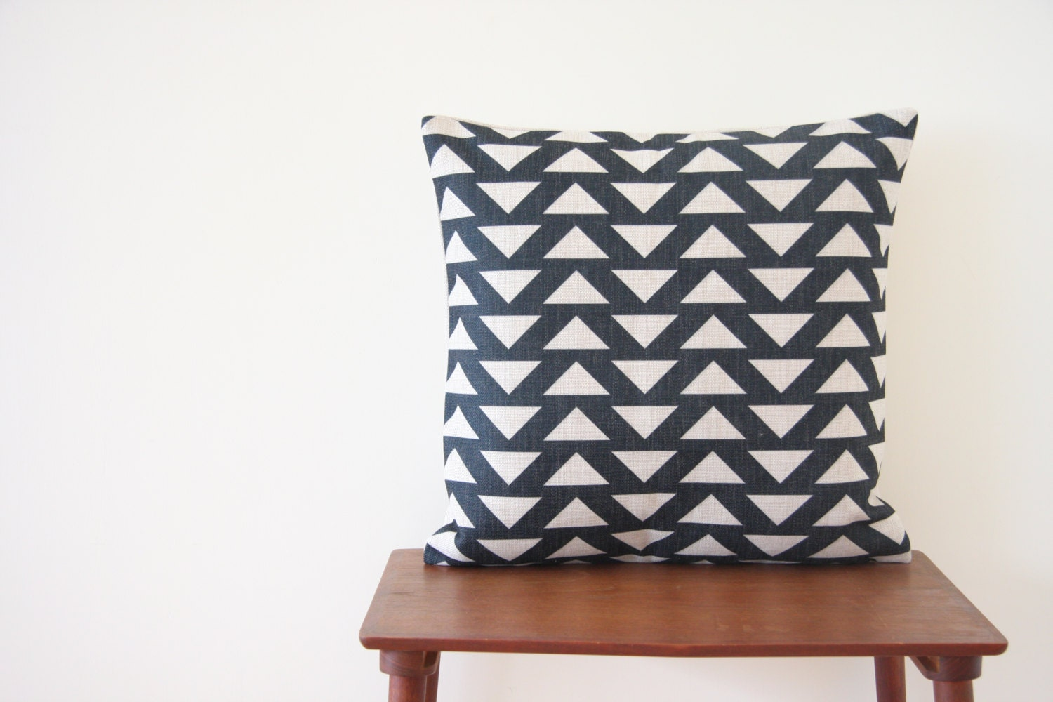 Decorative Pillow Cover Patterns : 18x18 Decorative Pillow Cover Geometric Pattern by BeadandReel