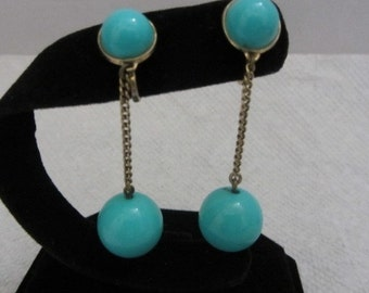 Sassy 60s Vintage Trifari Turquois drop clip on earrings, free shipping