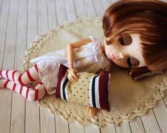 Fabric and crochet rug