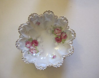 Scalloped Rose Bowl