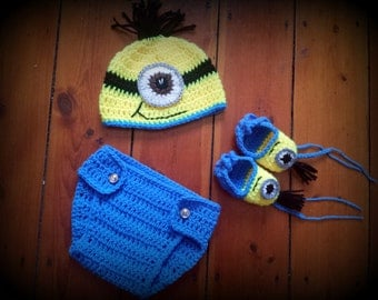 Despicable Me,MINION INSPIRED,crochet minion set,boy photo prop,handmade minion set,baby outfit,photo prop,minion costume,minion hat,shoes