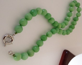 Light Green Agate Necklace / chocker and silver spring ring clasp
