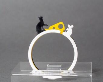 Acrylic Cat, Mouse, Cheese Bracelet Set