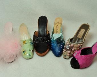 Vintage Resin miniature Slippers, Lot of 6.