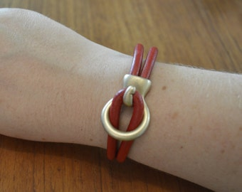 Red leather Gold Circle Clasp Bracelet