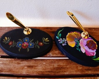 Hand painted/acrylic painting/home decor/--wooden pen holder folk art style