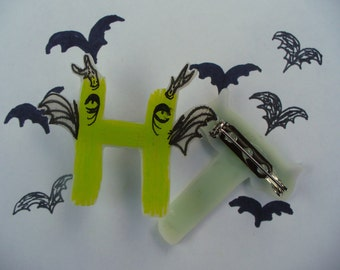 Monster Font Initial Pins