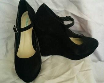 Mary Jane platform wedge size 7