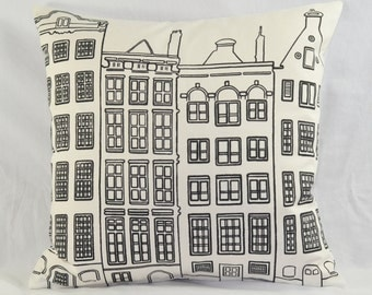 """Town Houses Design Black & White Cushion Cover 16.5""""x16.5"""" 42cm sq 100% Cotton"""