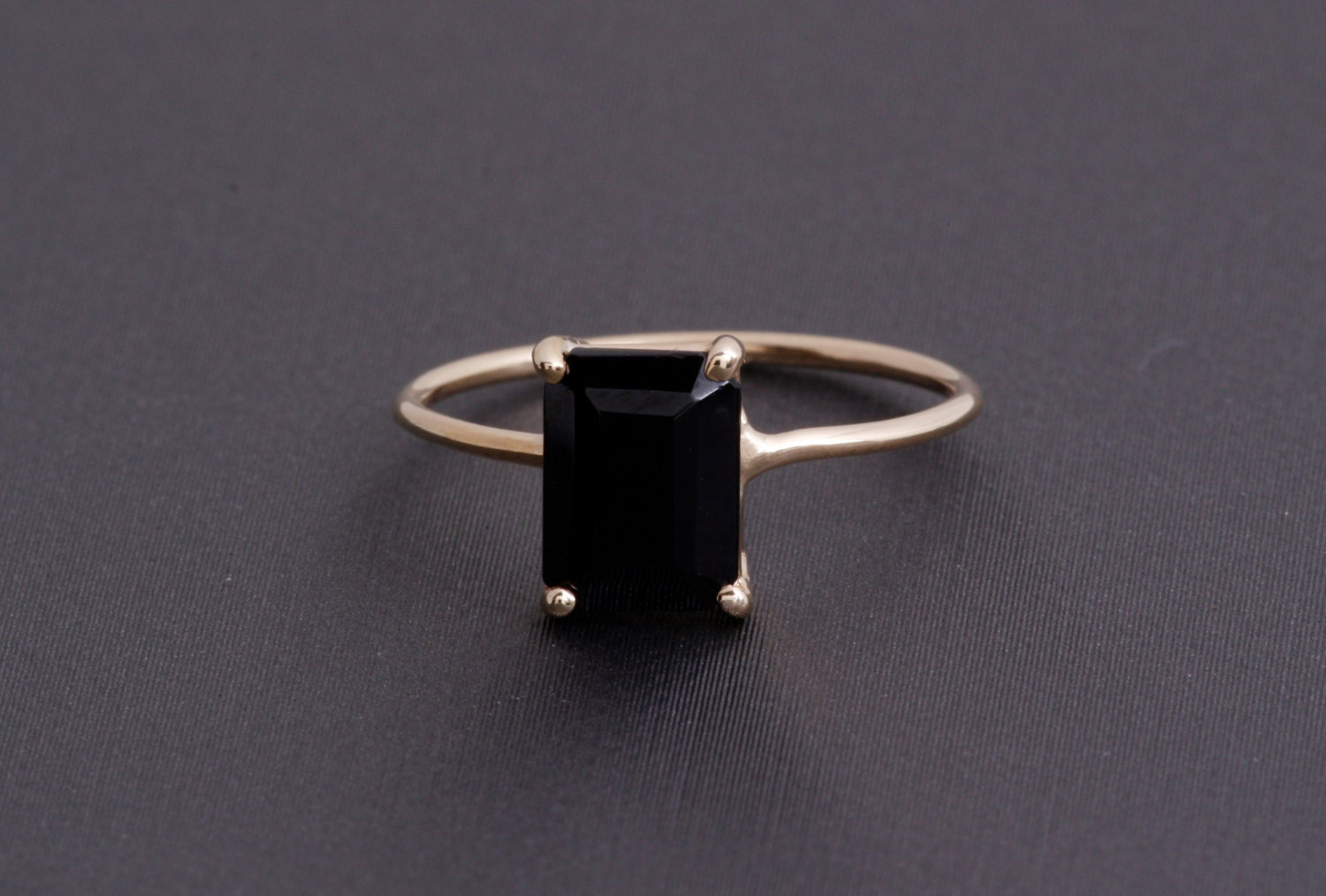 emerald cut black onyx ring 14k yellow gold basket wire ring