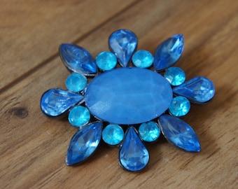 Vintage  Jewelry Brooch Pin Silver Tone CZ Rhinestone, Aurora Borealis ,Blue Flower , Oval  F-017