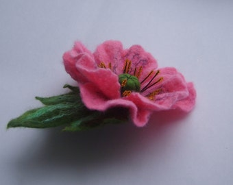 Felt flower brooch-Felt flower pin-Poppy pin-Felt brooch-Felt poppy-Red Poppy brooch-Felted gift women-pink