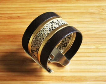 Cuff printed brown leather snake 40 mm