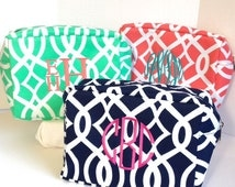 Set of Seven Monogrammed Makeup Bags, Set of 7 Personalized Jute Cosmetic Bag, Makeup Pouches, Bridesmaids Gifts, Bridal Shower Gifts