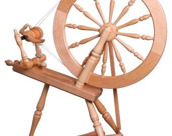 Ashford Elizabeth 2 Spinning Wheel (Natural Finish)
