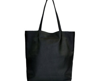Simple Huge Leather Tote Minimalistic Style Black Color
