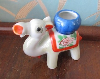Vintage lustreware camel figurine, made in Japan
