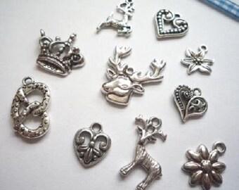Mix pendant set, costumes pendants, antique silver (Nr. 1)