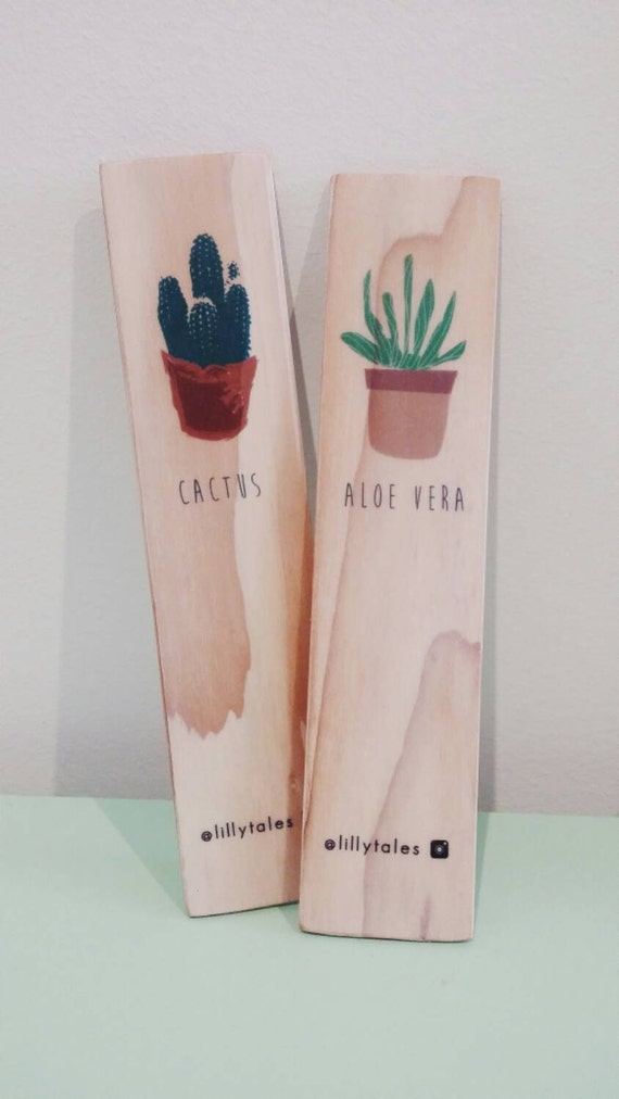 POT PLANTS - Coloured wooden bookmarks.