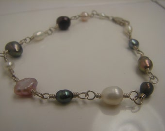 Sterling Silver Black and White Genuine Pearl Bracelet 316a