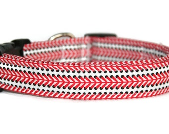 Baseball Laces Dog Collar