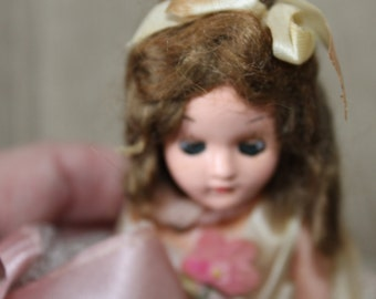 Vintage Doll w Weighted Eyes, Hair, Clothes and Arms That Move