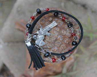 "7"" Guns Up Fringe Charm Bracelet"