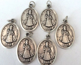 Infant of Prague Medals Double sided ITALY Set of 6  Medals Jesus Child King Family Good Health