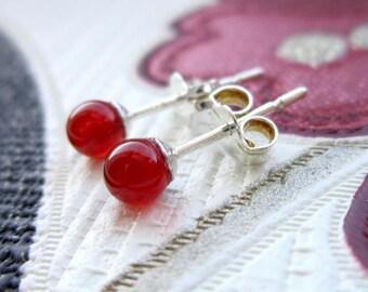 Carnelian Earrings / Orange Stone Earrings / Small Earrings / Carnelian Jewelry / Orange Stud Earrings / Sterling Silver Earrings