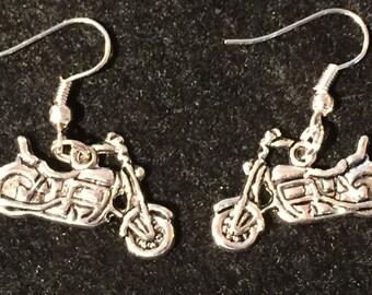 1 Pair of tibetan silver motorcycle wired earrings