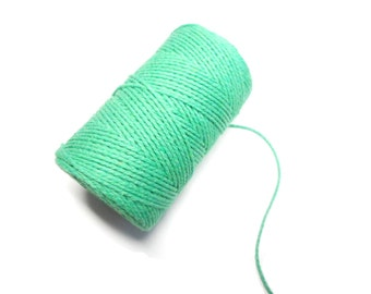 """Set of 10 meters of string """"Baker's twine"""", emerald green, thickness of 2 mm 2 strands"""