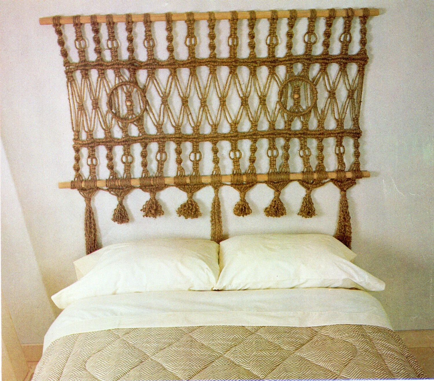 Macrame headboard for bed macrame pattern vintage macrame for Headboard patterns
