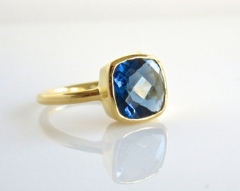 Royal Blue Quartz  Ring - Gemstone Ring - Stackable Ring - Statement Ring - Gold Ring
