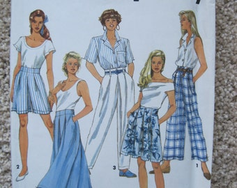 UNCUT Misses Set of Skirts, Pants and Shorts - Size 12 to 16 - Simplicity Sewing Pattern 7777 - Vintage 1992