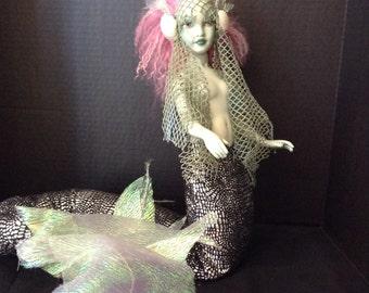 Sea Siren mermaid. Original piece by Barbanna 26 inches