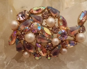 Beautiful Vintage Multicolored Crystal and Pearl, Glass Stone Brooch - Costume Jewelry
