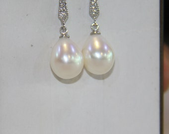 pearl earrings, freshwater pearl earrings, Wedding Jewelry, dangle pearl earrings, pearl earrings bridesmaid, rhinestone, drop, teardrop
