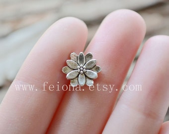 Silvery flower cartilage Upper Ear Ring piercing post earrings ,flower barbell cartilage Earring Tragus Helix Piercing ,Cartilage jewelry