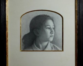 Beautiful Custom Portraits. Commission a Pencil Portrait from your photographs complete with a unique handcrafted watergilded frame