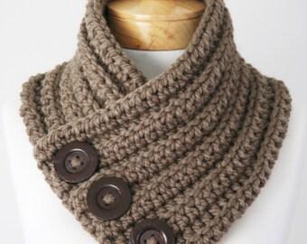 Chunky Button Scarf, Wool Scarf, Women's Scarf, Handmade Infinity