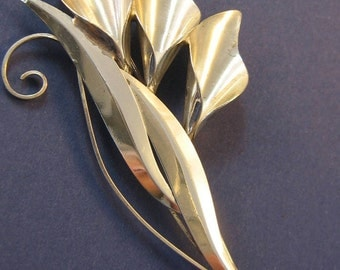 Truart silver calla lily brooch