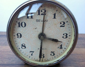 Vintage alarm clock (doesn't work)