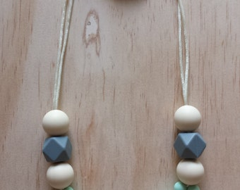 Silicone Necklace- Poppy in Mint